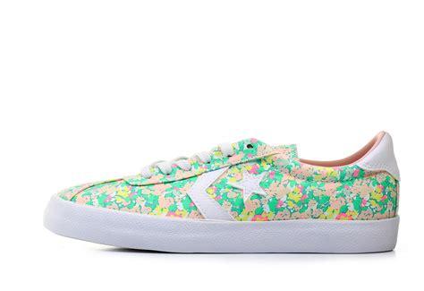 flower print sneakers converse sneakers breakpoint flower print 555951c