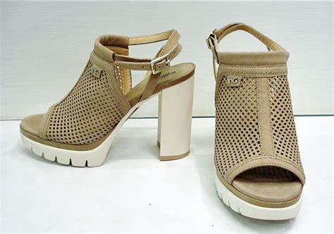 offerte nero giardini calzature offerta scarpa donna sandalo nero giardini a perugia sihappy
