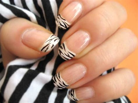 easy nail art print animal print stylish animal print black and white zebra