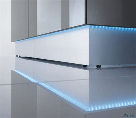 Glass Reception Desk Linea Reception Desk Mdd Reception Desks Msl Interiors