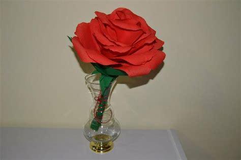 como hacer una rosa imgenes c 243 mo hacer una rosa gigante de papel manualidades