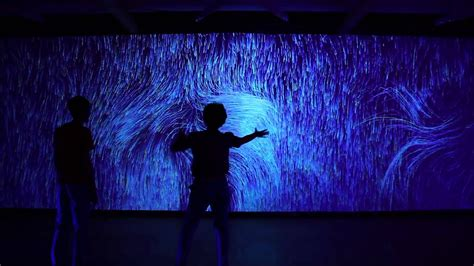abstract wall performance  video installation