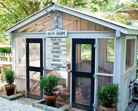 backyard chicken coop ideas 33 backyard chicken coop ideas home stratosphere