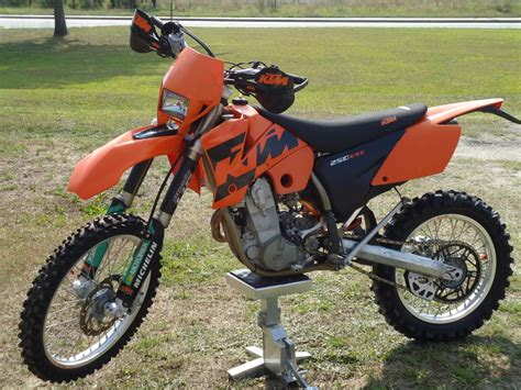 Ktm 250 Specs 2004 Ktm 250 Exc Pics Specs And Information