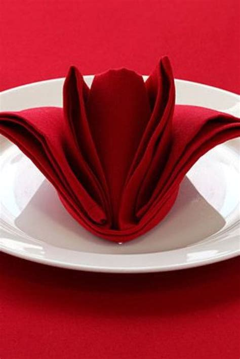 25 best ideas about wedding napkin folding on