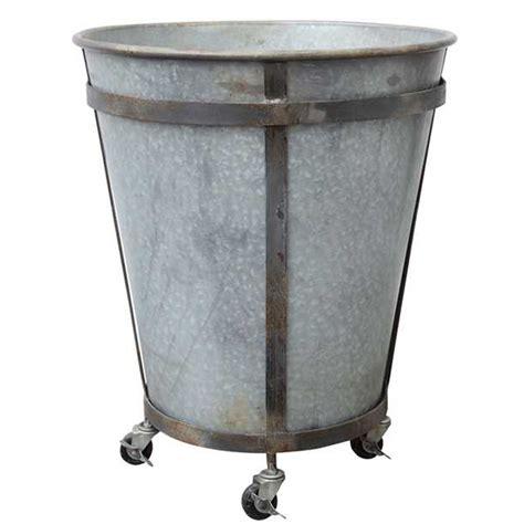 metal tin planter on casters da5053