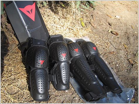 Dainese 3X Knee and Elbow Guards Review   Mtbr.com