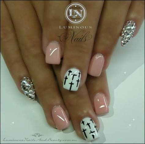 cross pattern nails nail art with diamond stiletto accent nails cross