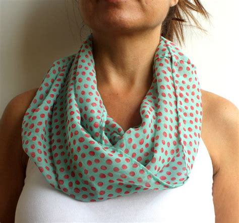 Handmade Scarf Ideas - 25 best ideas about handmade scarves on