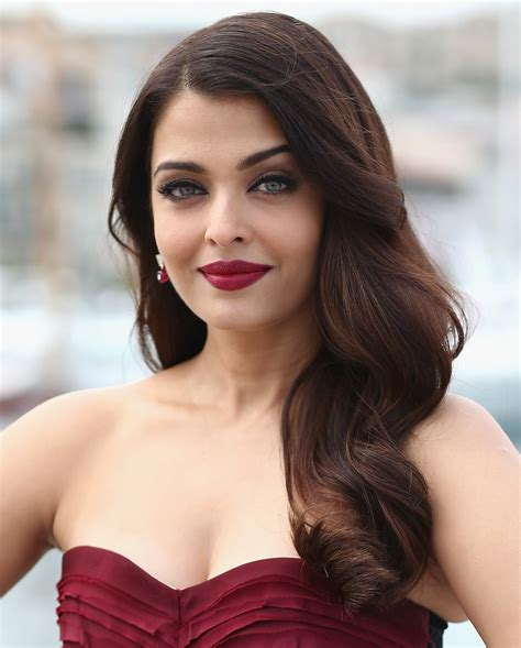best shaped women in the world top 10 richest bollywood actresses in 2017