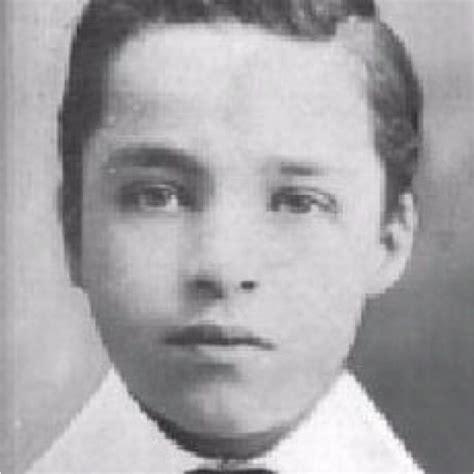 biography of charles chaplin in english les 132 meilleures images du tableau charlie chaplin sur