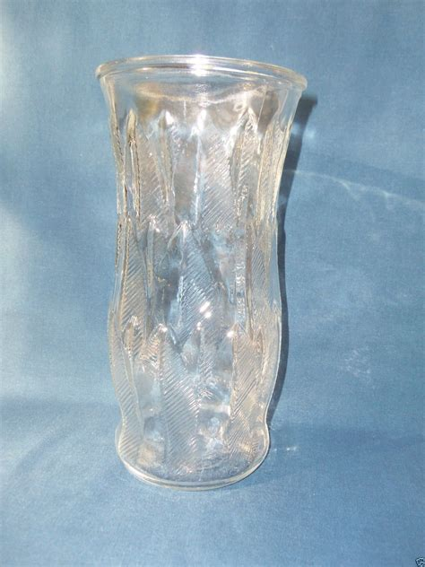 leaf pattern vase vintage e o brody co clear glass c973 leaf feather pattern