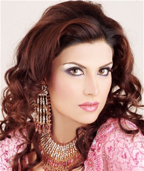 karachi party makup pic and hair style pic hot vision girl party makeup and hairstyle 2013