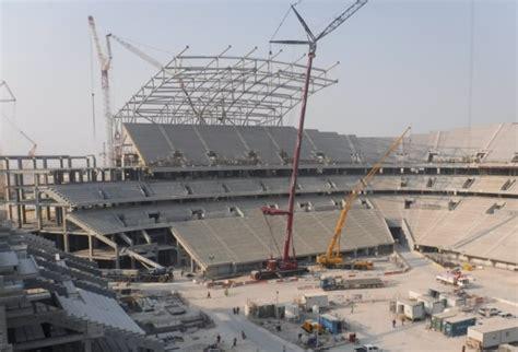 film semi qatar roof installation begins at qatar 2022 semi final stadium