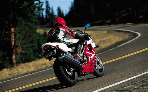 honda cbr 600 f4i honda cbr 600 f4i motorvike motorcycle bike d wallpaper