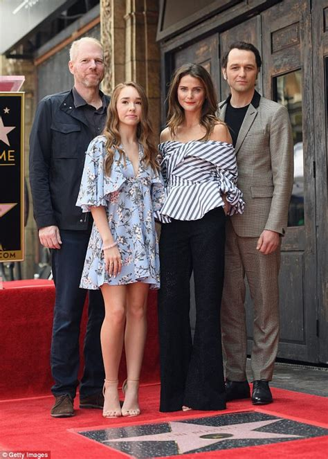 noah emmerich father felicity reunion as keri russell gets a star in hollywood
