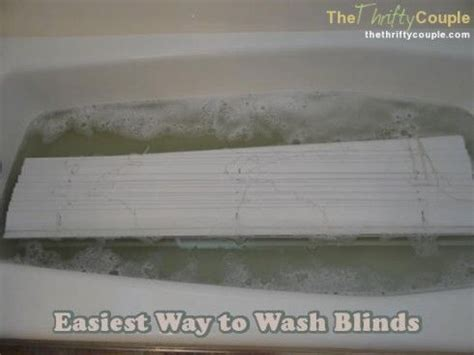 Wash Blinds In Bathtub by The Best Way To Wash Blinds The O Jays Sprays And Bath