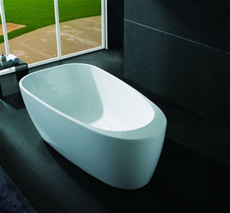 big and tall bathtubs tall people enjoy a comfortable bathe experience with