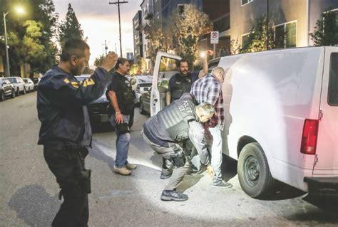 Record Criminal Personas Cazan A Migrantes Con R 233 Cord Criminal El Ma 241 De Nuevo Laredo