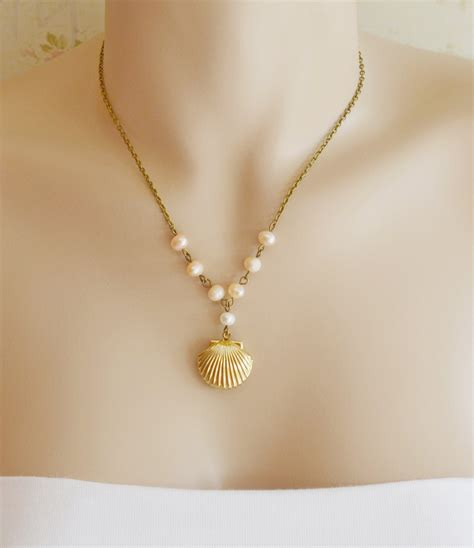 shell jewelry sea shell locket necklace scallop shell locket pendant