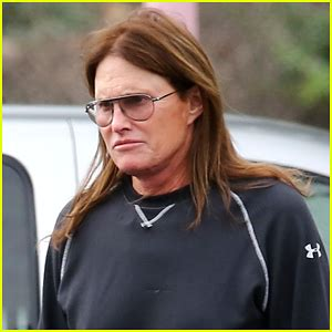 latestics of bruce jenner transitioning bruce jenner news photos and videos just jared