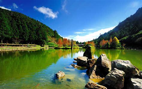 beautiful lake beautiful sky beautiful lake and sky wallpapers 1680x1050 521339