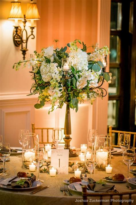 candelabra centerpieces with flowers best 25 candelabra wedding centerpieces ideas on