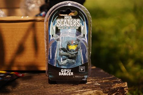 Scalers Series 3 Gipsy Danger neca scalers s 233 rie 3 gipsy danger 2 pouces luckyfind