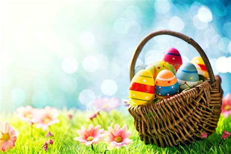 easter egs colorful easter eggs in basket wallpaper