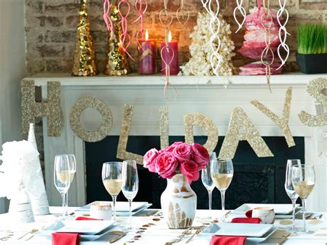 hgtv holiday home decorating indoor christmas decorations interior design styles and