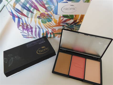Meanow Countour Palette tropic sculpting palette my journal