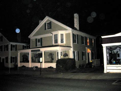 dead of ghost tours of plymouth massachusetts