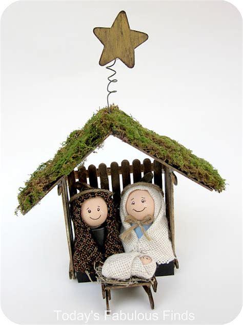 inexpensive nativity sets 13 nativity manger sets to make tip junkie