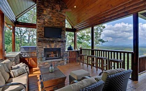 Blue Ridge Mountains Cabin Rentals by Mountain Top Downtown Lodging Blue Ridge Ga Resort