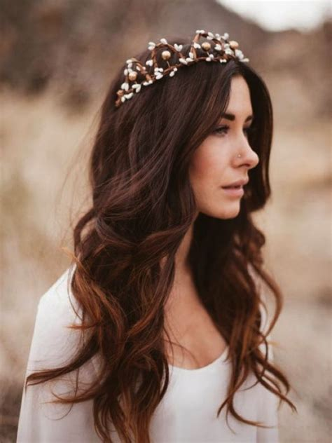 Wedding Hairstyles Hair Wavy by Best 20 Wavy Wedding Hairstyles Ideas On