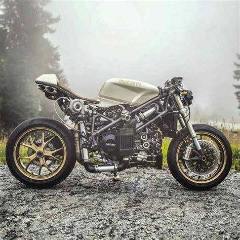 best streetfighter motorcycle 17 best ideas about fighter motorcycle on