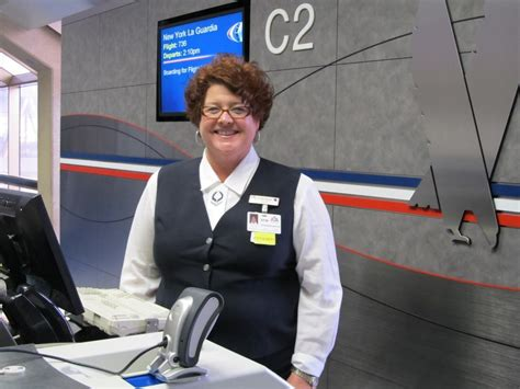 american airlines will soon test new employee uniforms