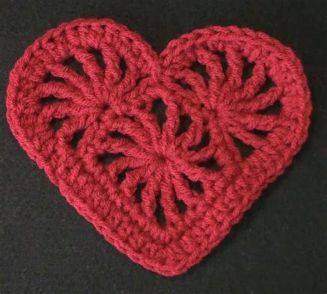 crochet heart pattern video crochet heart felicity