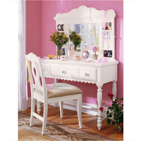 emma s treasures ii bedroom vanity set kids bedroom kalifornia love csn you re so darn tempting