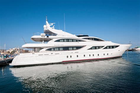 yacht cost how much does owning a yacht cost fosters yacht service