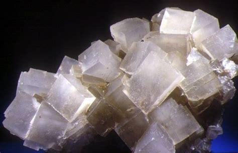 propiedades de la piedra de sal halita composici 243 n usos yacimientos y propiedades toda