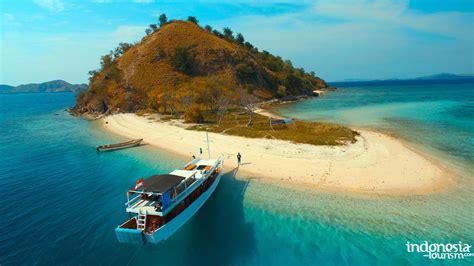 historical kelor island  west manggarai regency