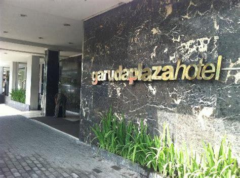 airasia garuda plaza medan 301 moved permanently