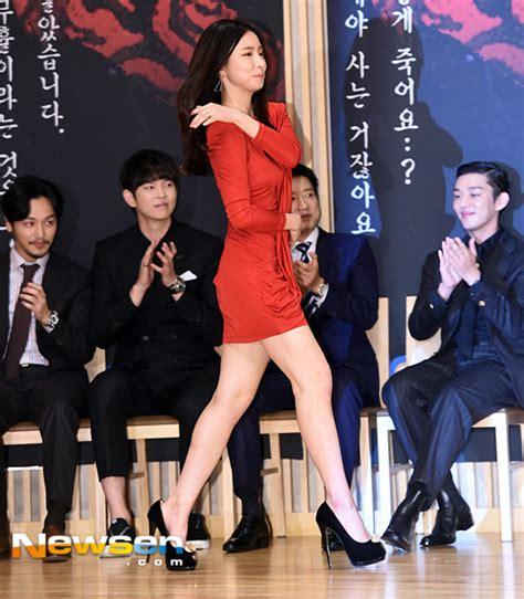 yoo ah in và shin se kyung quot mỹ nữ mặt đơ quot shin se kyung mất điểm v 236 đi gi 224 y qu 225 cao
