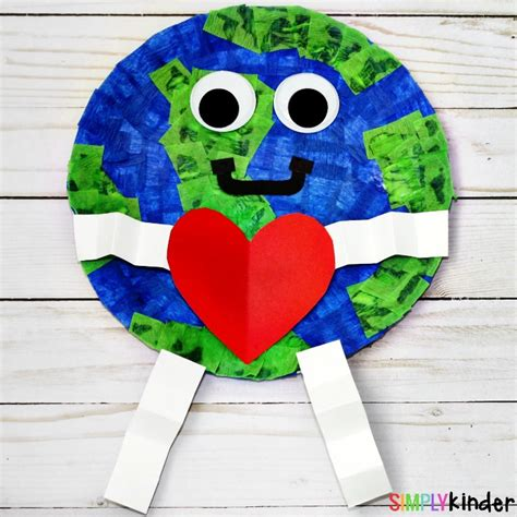 earth day paper crafts how to make a paper plate earth day craft simply kinder