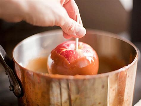 how to make caramel apples kitchen adventures scientific recipes for super food nerds