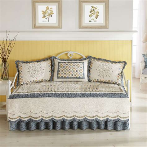 Daybed Bedding Sets Home Furniture Design Bedding Sets For Beds