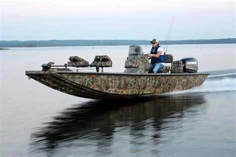 war boat research 2014 war eagle boats 961 blackhawk on iboats
