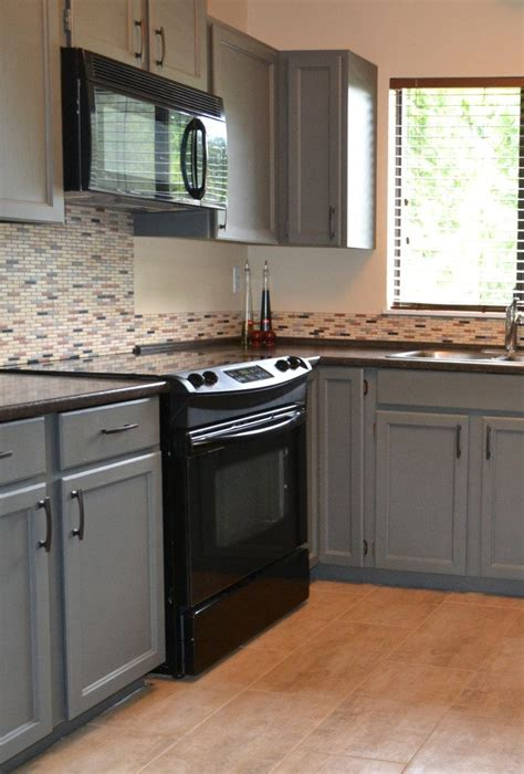 painting oak kitchen cabinets grey painted cabinets that were oak using chelsea gray by