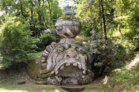 giardini di bomarzo orari bomarzo parco dei mostri proteo e glauco